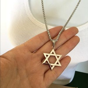 Jewelry - New stainless steel star necklace